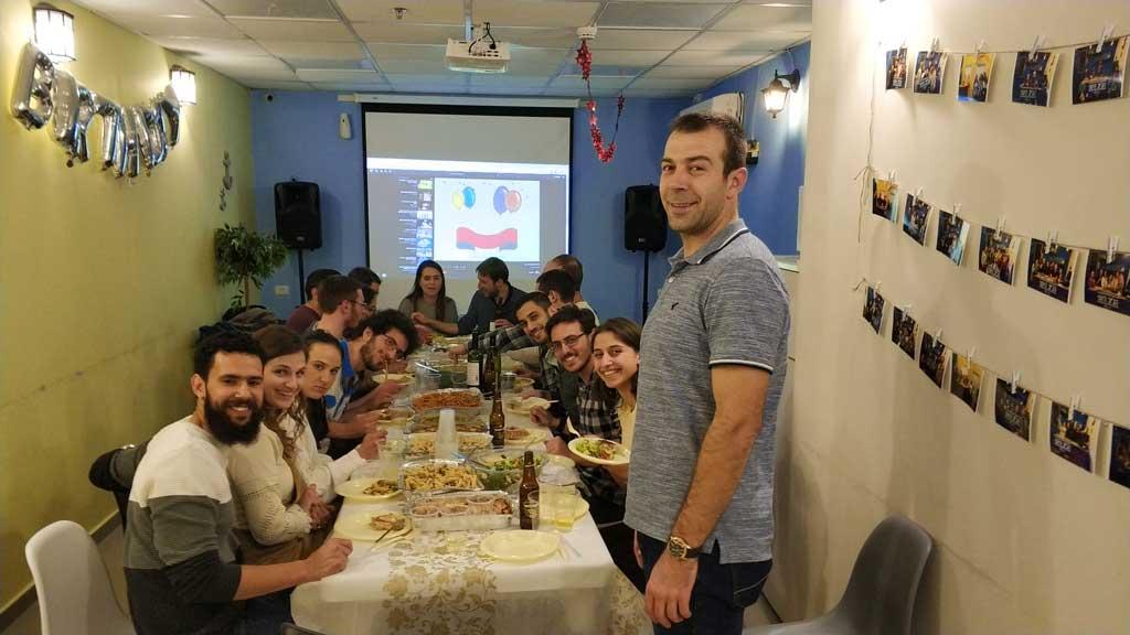 יום הולדת 30 בג'וב היווני בחיפה